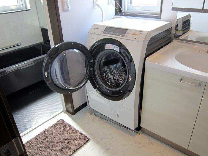 Máy giặt lồng nghiêng Panasonic