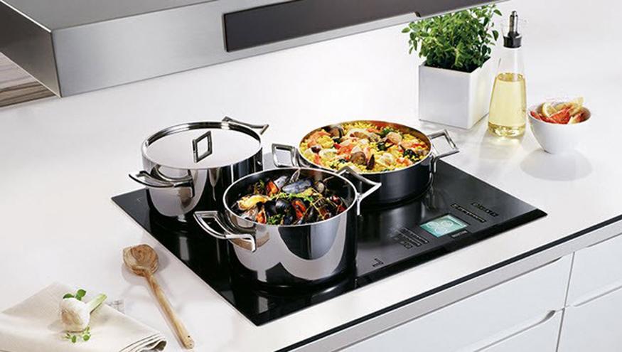 Đẳng cấp căn bếp với sự xuất hiện của bếp từ Panasonic.